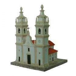 Igreja de duas torres com luz